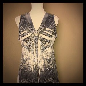 Apt 9 short sleeve V neck blouse , Size XL